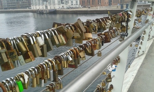 Love locks på Bryggebroen