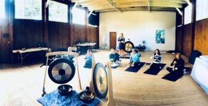 Klangmassageundervisning med Anne Viese